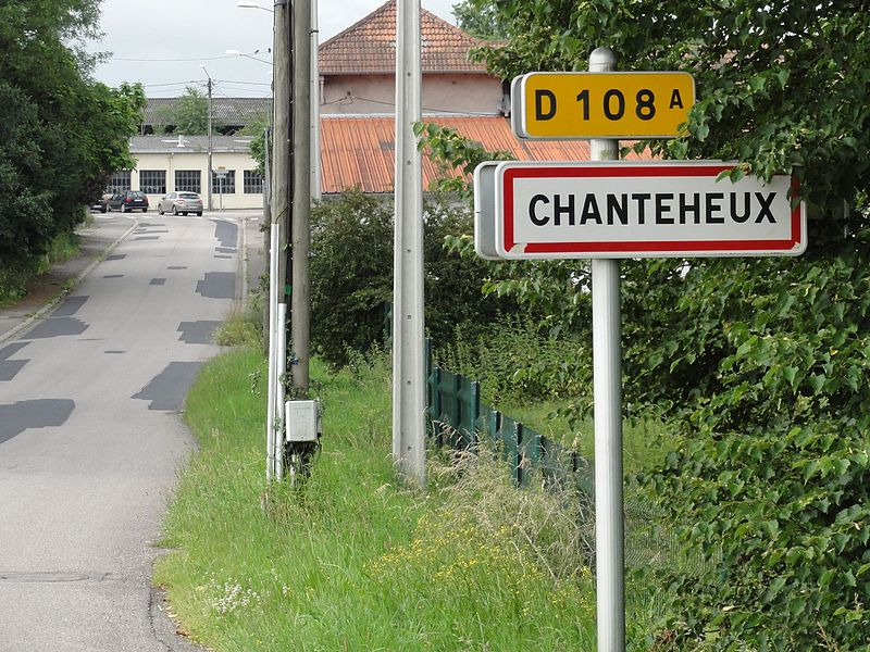 Chanteheux (M-et-M) city limit sign
