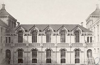 Lycée Chaptal - Interior court