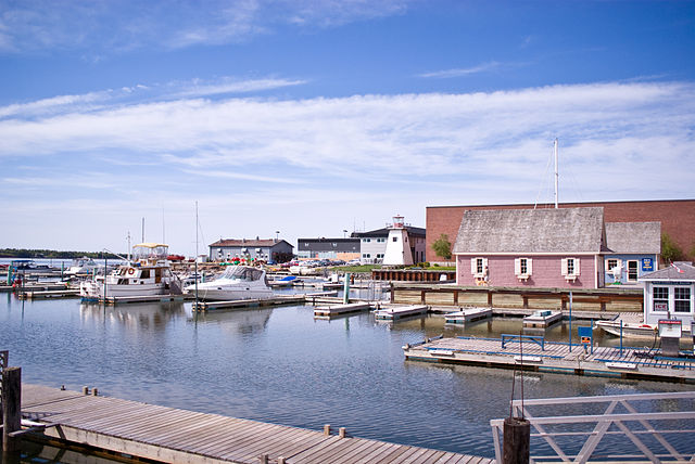 Prince Edward Island By Charles Hoffman [CC BY-SA 2.0 (https://creativecommons.org/licenses/by-sa/2.0)], via Wikimedia Commons
