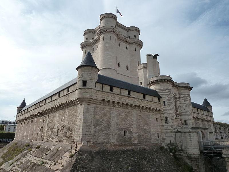 Fichier:Chateau de Vincennes (7782393984).jpg