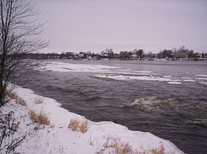 Rapides du Cheval Blanc - Rapids in winter.
