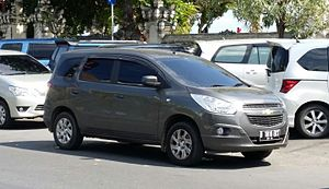 Chevrolet Spin - Image: Chevrolet Spin LTZ (14640332610)