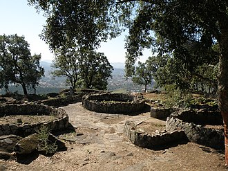 Citânia de Briteiros - View of Citânia de Briteiros, showing house ruins and stone paving