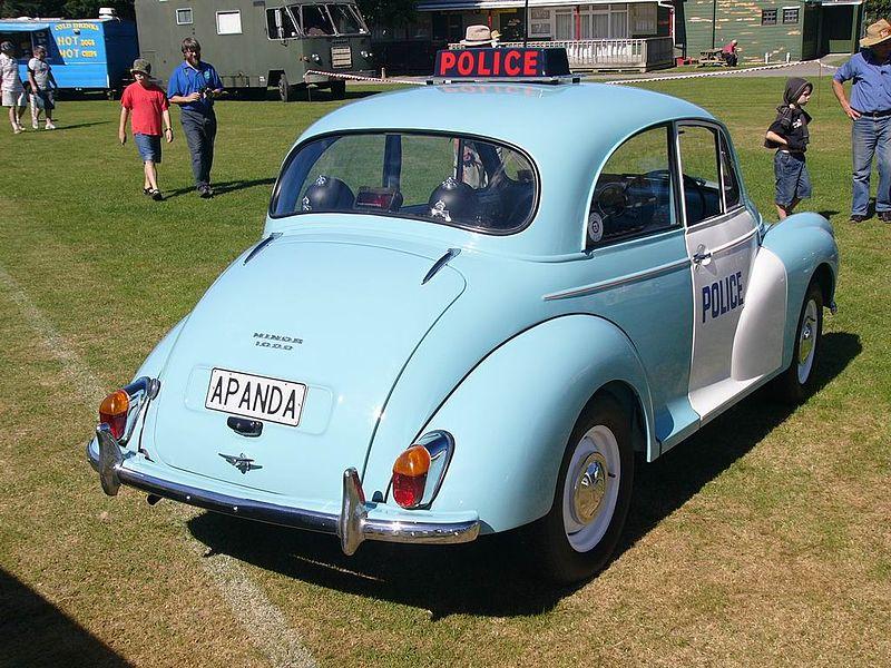 File:Classic Car Day - Trentham - 15 Feb 2009 - Flickr - 111 Emergency (3).jpg