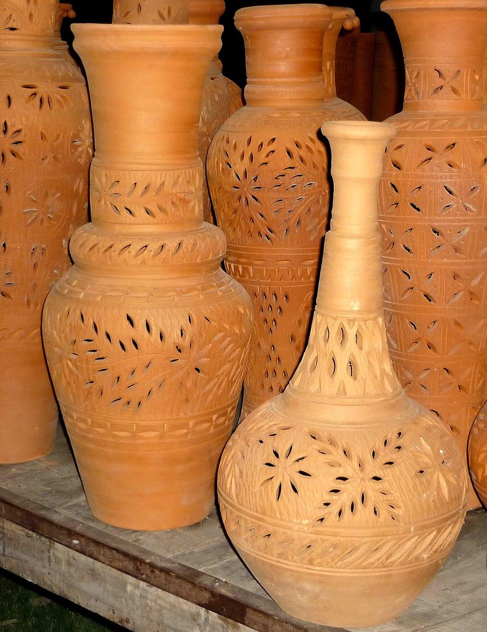 Clay pots in punjab pakistan-2