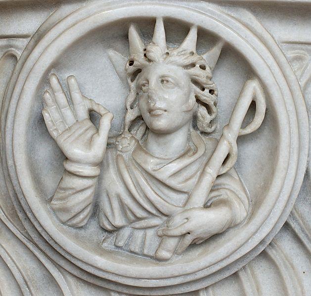 Helios, personificación del Sol de la Antigüedad. Detalle de un sarcófago romano del siglo III.
