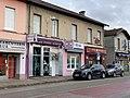 Commerces Route de Genève à Saint-Maurice-de-Beynost.jpg