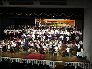 Music of Goa - Concert of Classical Music in tribute to Maestro Lourdino Barretto, presented by the Santa Cecilia Choir, conducted by Rev. Romeo Monteiro, at Goa (April 2008).