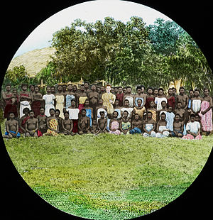 Congo-Balolo Mission - Congolese women and female missionary (c. 1910).