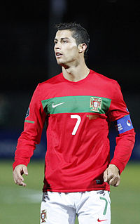 Papercraft del futbolista Cristiano Ronaldo.