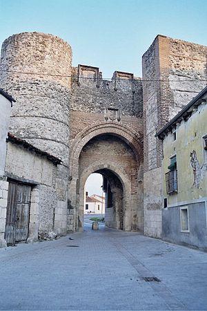 Cuéllar - Arch of San Basilio