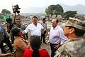 DAMNIFICADOS DE CARAPONGO RECIBIERON DESAYUNO PREPARADO POR EL EJÉRCITO (32840088214).jpg