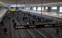 DEN airport inside zdfb