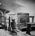 De graftombe van Kardinaal Rafael Merry del Val in de crypte onder de Sint-Piete, Bestanddeelnr 191-1228.jpg