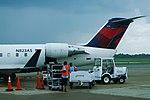 Delta N823AS Bombardier CRJ-200 (26361749898).jpg
