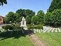 Denkmal der Kriegstoten in Zeven 4.jpg