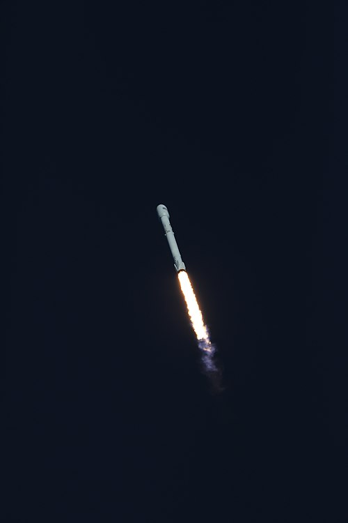 Despegue Falcon 9 TESS 07.jpg
