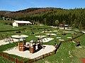 Detský park pod horským hotelom Hájnice - panoramio (1).jpg