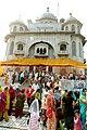 Devotees throng for worship at Gurdwara Rakab Ganj, to celebrate 541st birthday of Guru Nanak Devji, in New Delhi on November 02, 2009.jpg