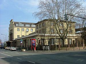 Offenbach (Main) Hauptbahnhof - Image: Diba bahnhof offenbach 08