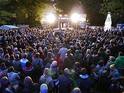 Die Junge Bühne im Ratsdienergarten zur Kieler Woche