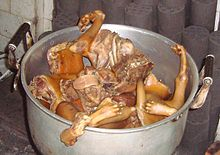 Dog meat in a pot 01.jpg