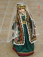 Doll-in-Armenian-dress-2.jpg