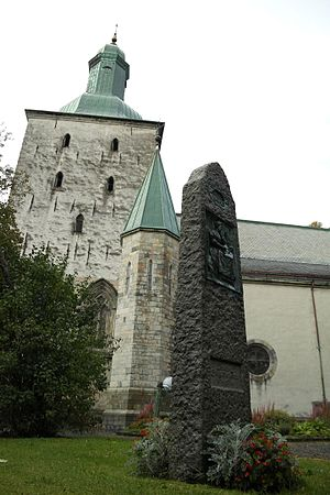 Bergen Cathedral - Image: Domkirken, Bergen..