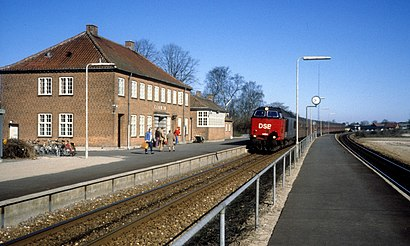 How to get to Glumsø Station with public transit - About the place