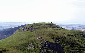 DunsinaneHill From BlackHill 12APR03.jpg