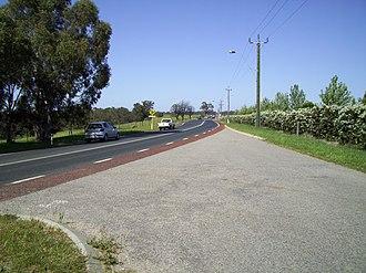 West Swan Road - Looking south, in Belhus