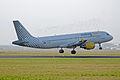 EC-JMB Vueling Airlines (2222611659).jpg
