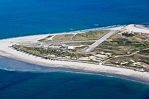 Heligoland Airport - Image: EDXH Flugplatz Helgoland