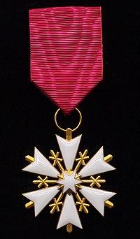 EST Order of the White Star 5th class badge.jpg
