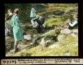 ETH-BIB-Familienbild (Feuer über Bächlein) am Weg Surley-Hahnensee-Dia 247-14184.tif