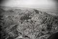 ETH-BIB-Felsengebirge von Petra, aus 2000 m Höhe-Abessinienflug 1934-LBS MH02-22-0048.tif