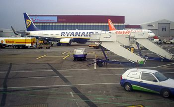 Ryanair and easyJet planes before take-off