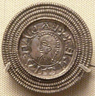 History of England - Silver brooch imitating a coin of Edward the Elder, c. 920, found in Rome, Italy. British Museum.
