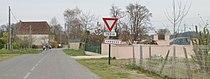 Entrée dans Carrère (Pyrénées-Atlantiques).JPG