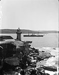 Entrance to Sydney Harbour (2363483674).jpg