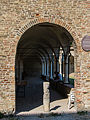 Entrata dei portici del Chiostro.jpg