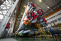 Expedition 46 Soyuz Assembly (NHQ201512120002).jpg