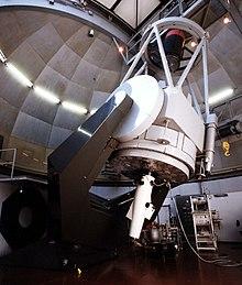 Moderno telescopio riflettore da 1.5 metri