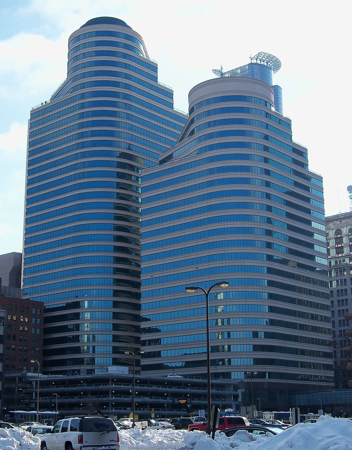 Fifth Street Towers Wikipedia