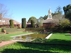 Filoli wikipedia for Filoli garden pool