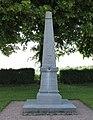 Flavigny-le-Petit Monument aux morts.jpg