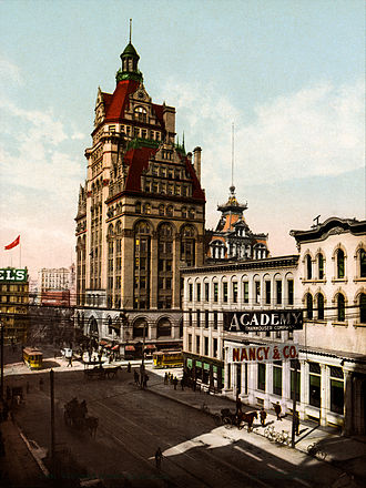 Milwaukee - Wisconsin Street with Pabst Building, Milwaukee, 1900