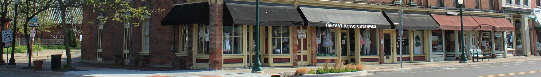 Follet House Hotel Historic Structure Ypsilanti Michigan (cropped).JPG