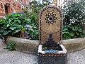 Fontaine mosaïque (22831078812).jpg