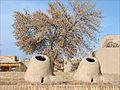 Fours en terre (Khiva, Ouzbékistan) (5606373679).jpg